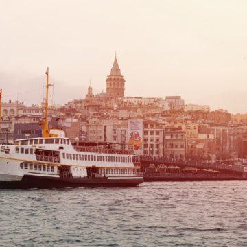 W tureckiej bańce, czyli o przyjaźni na obczyźnie