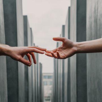 Miłość umiera ostatnia. Z podróży po Korei Północnej.